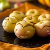 Peanut Butter Apple-Lanterns