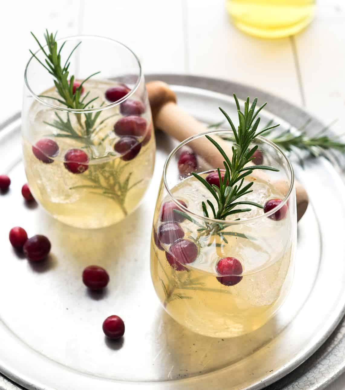 Limoncello Cranberry Spritzer